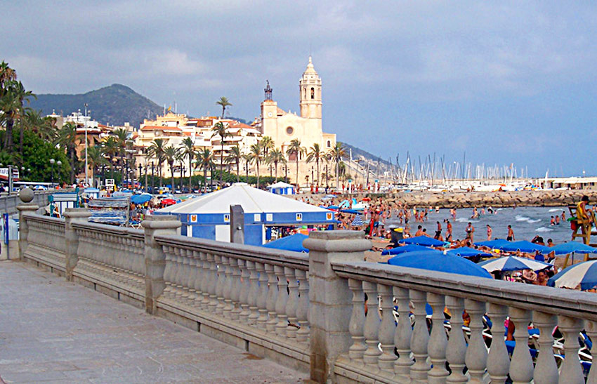 Sitges t shirts photos and information at - Sitges tourist information office ...